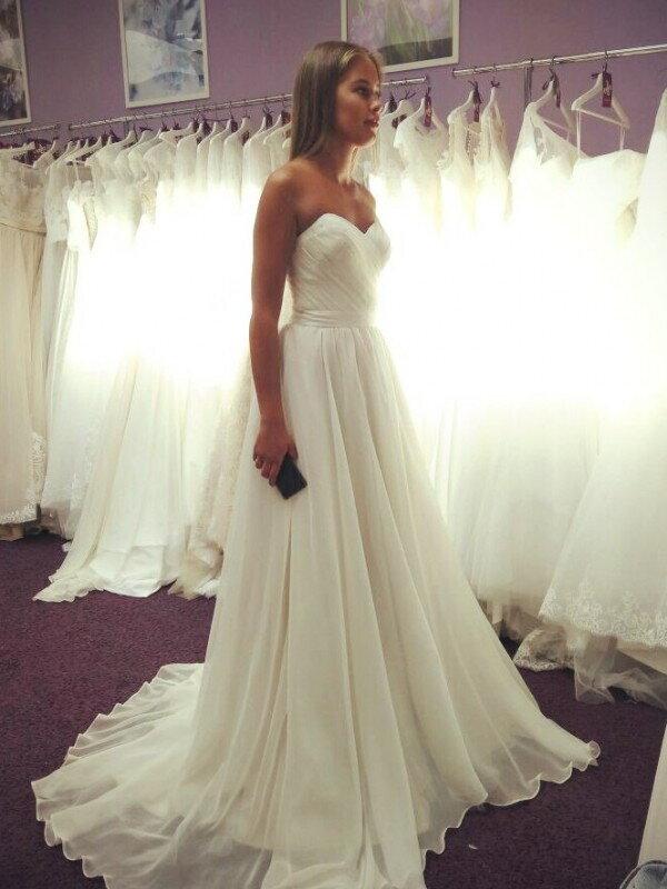 Распродажа свадебного платья Deni 0119a