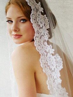 Фата свадебная с тонким кордовым кружевом ф10
