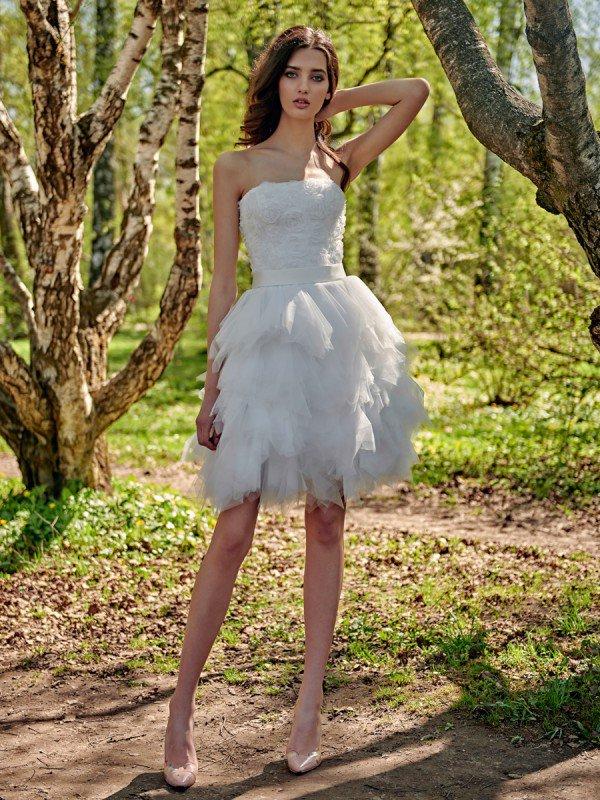 Короткое пышное свадебное платье Helen 782