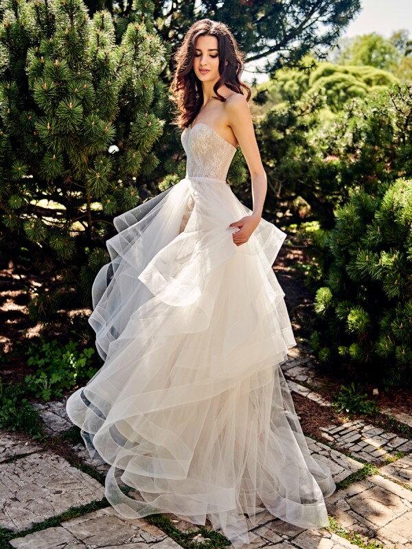 Свадебное платье с воланами Aqua 316