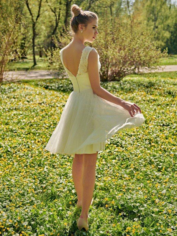 Свадебное платье короткое кружевное Rein 446