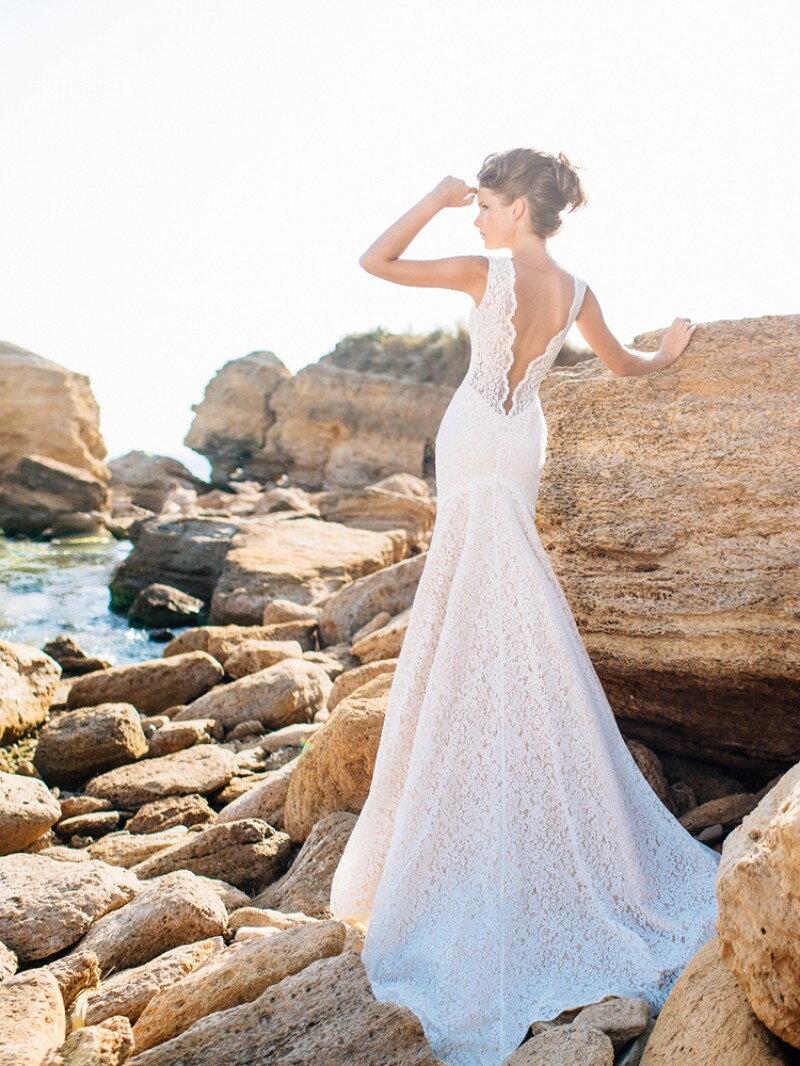 Кружевное свадебное платье силуэт русалка
