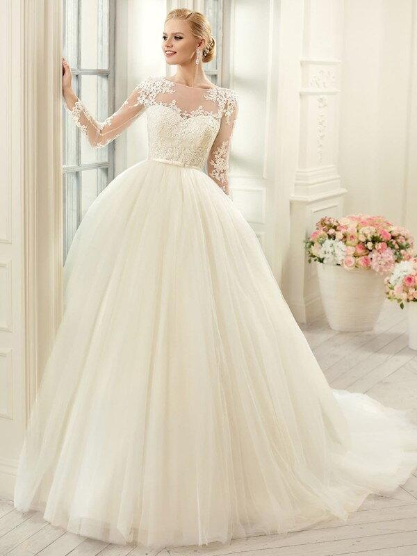 Пышное свадебное платье с бантом 0219a
