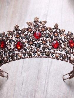 Аксессуары невесты шикарная диадема с камнями арт. 2245