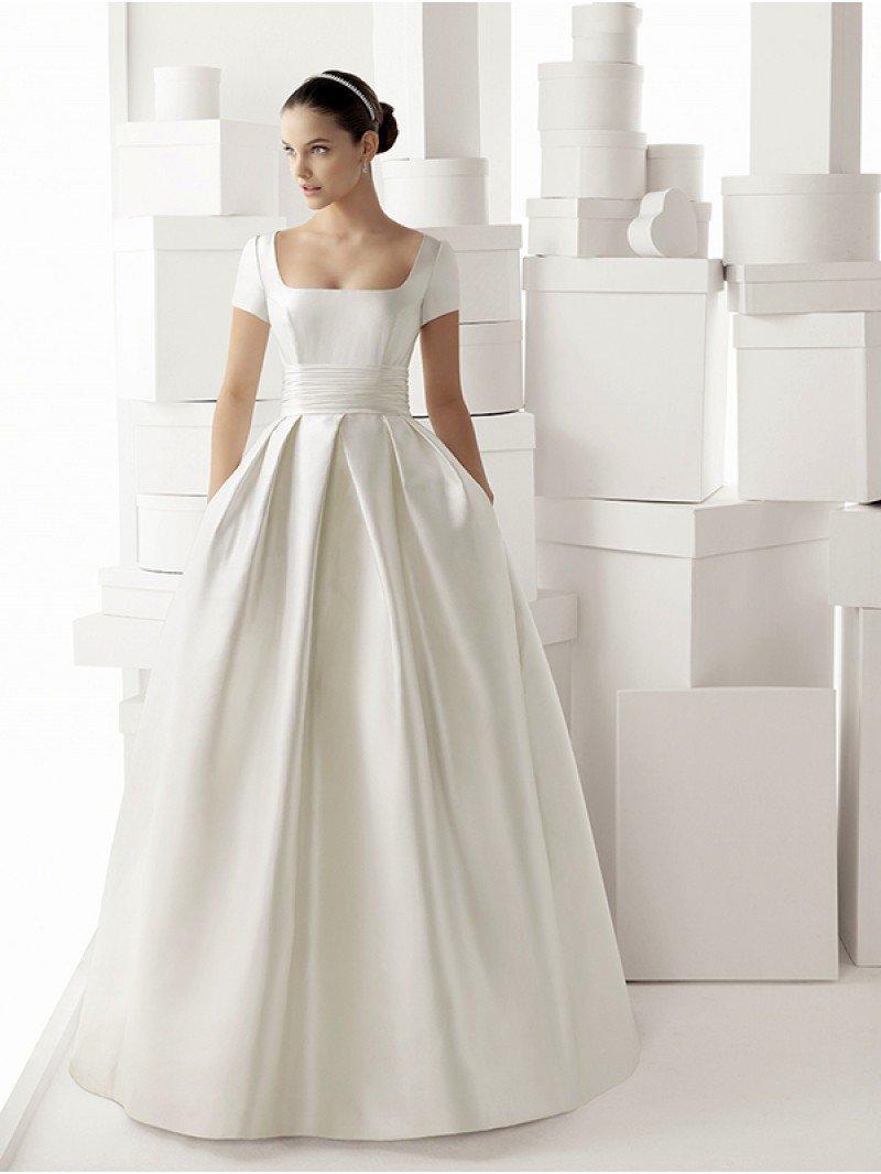Атласное свадебное платье с карманами арт. 0644
