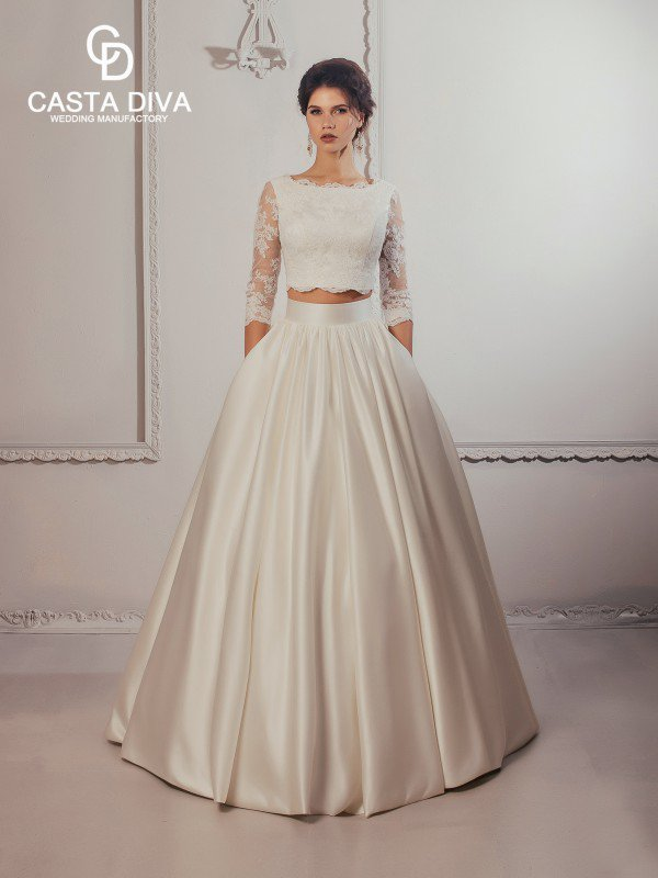 Необычное свадебное платье с рукавами Mary 465a