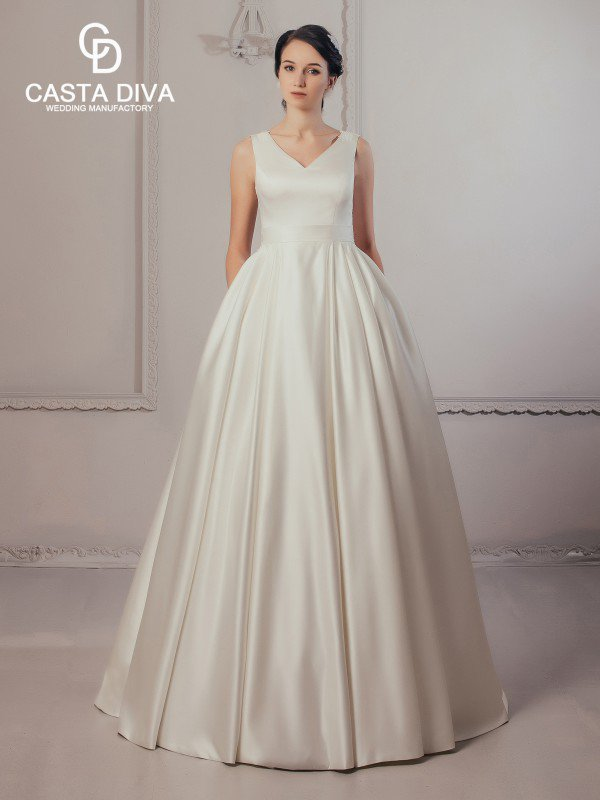 Открытое свадебное платье с кружевом Madlen 645