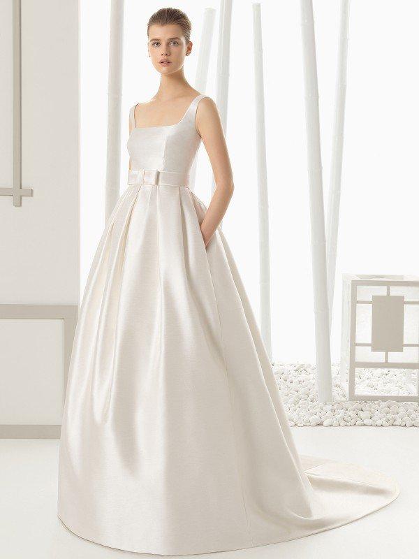 Свадебное платье с бантом 225
