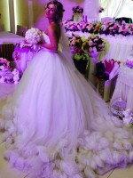 Пошив очень пышного свадебного платья из роз ручной работы