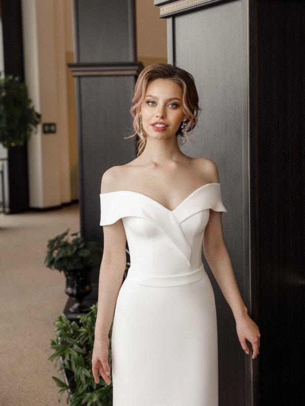 """Свадебное платье """"футляр"""" Bagam 4442"""