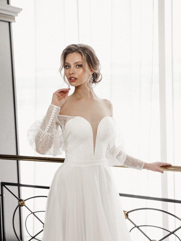 Свадебное платье со шлейфом Bianca 770