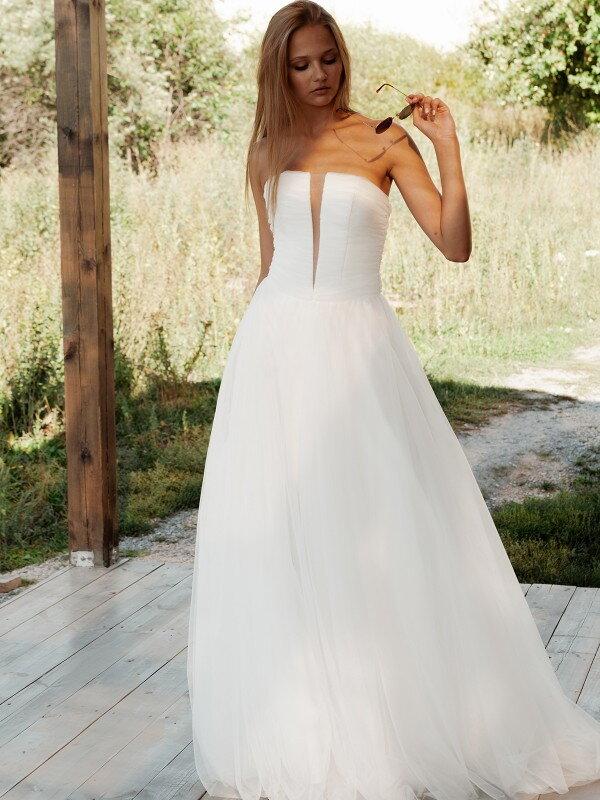 Осеннее свадебное платье Leonor 2321