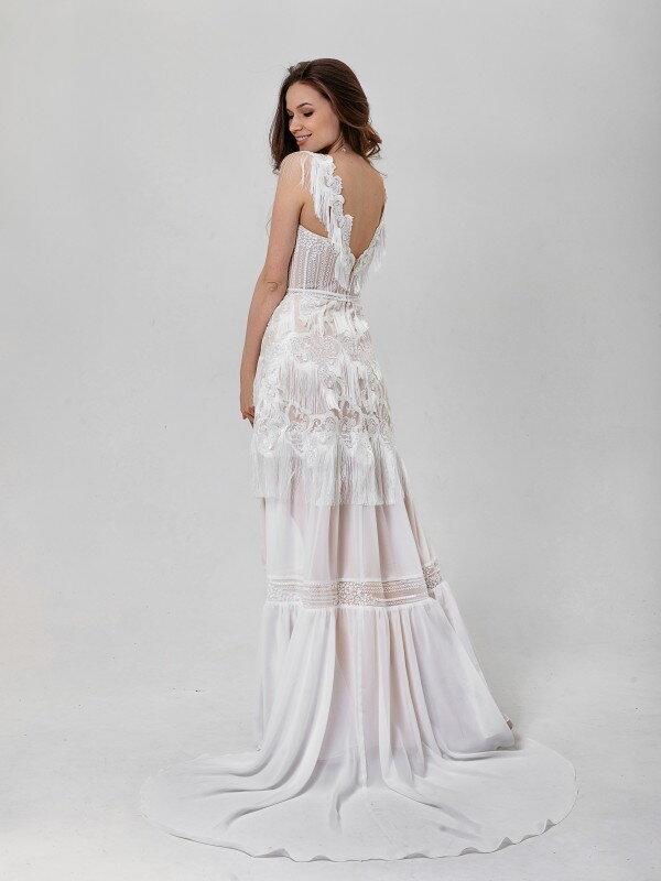Свадебное платье со шлейфом Adora 434