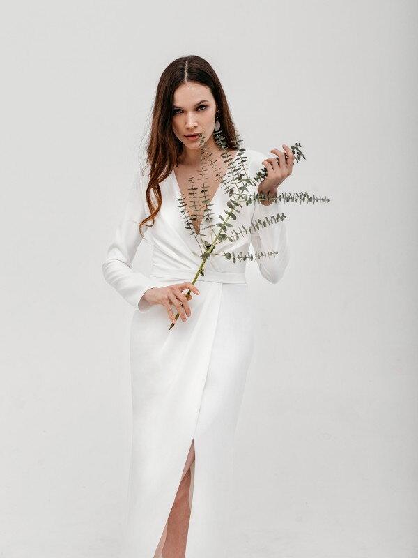 Свадебное платье миди с рукавами Aleksa 1621 прямой рукав