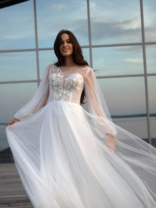 Длинное свадебное платье со шлейфом Zoe 5722