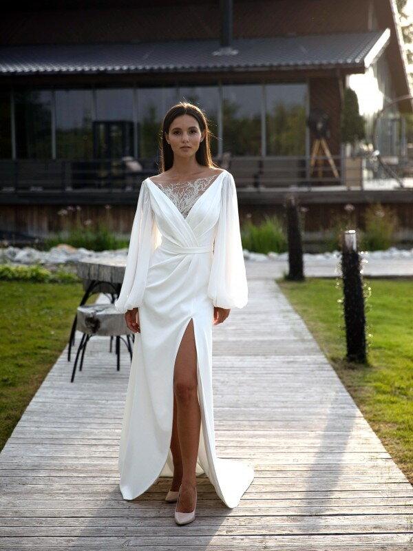 Длинное свадебное платье со шлейфом Camilla 7022 classic