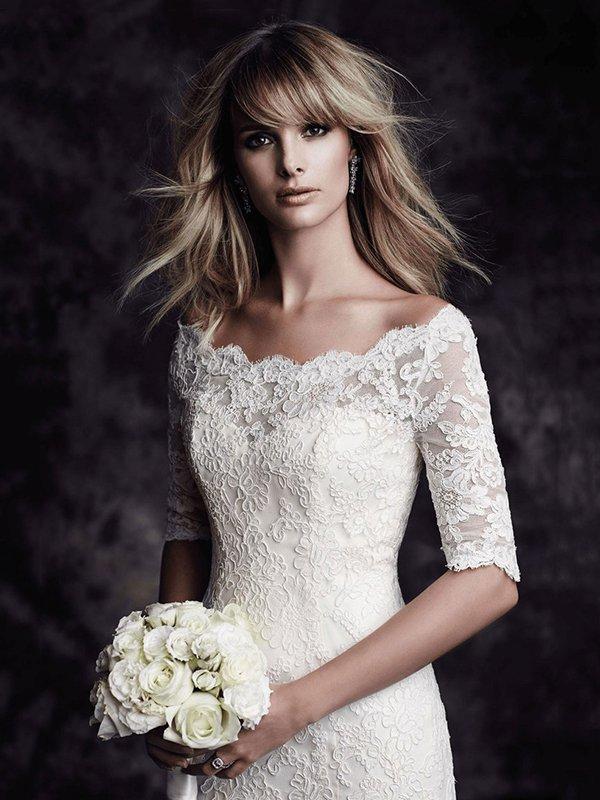 Открытое свадебное платье с кружевом 072a