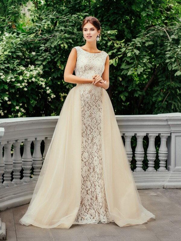 Открытое свадебное платье с кружевом Iva 222