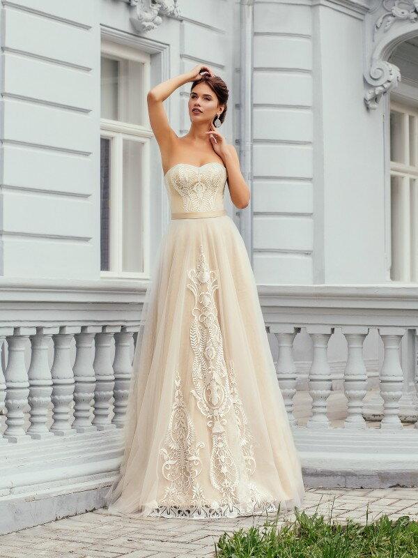 Открытое свадебное платье с кружевом Jasmin 00715m