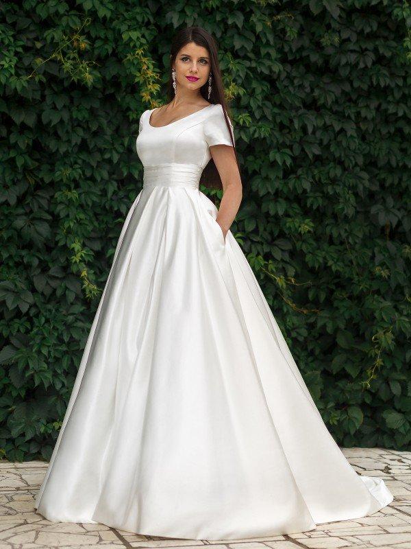 Пышное свадебное платье для полных Nadia 644