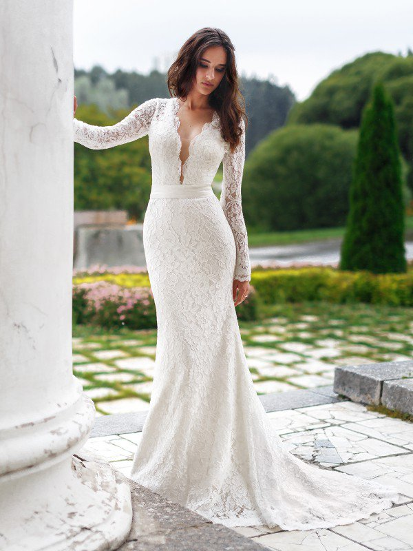 Необычное свадебное платье с рукавами Nataly 647