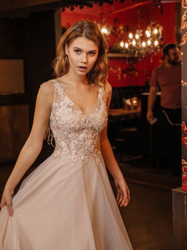 Свадебное платье капучино Vanda 382