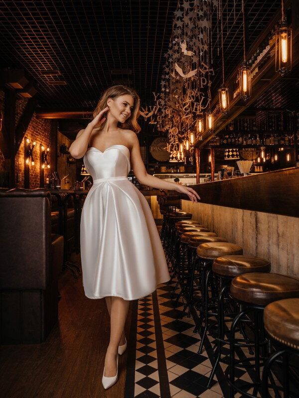 Молочное свадебное платье Debora 423