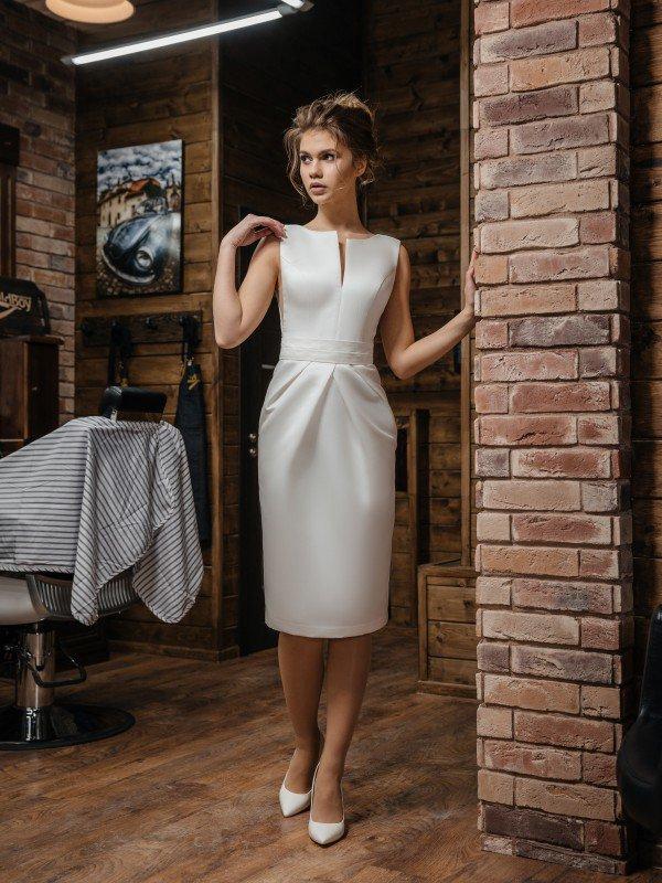 Строгое свадебное платье Bonita 426