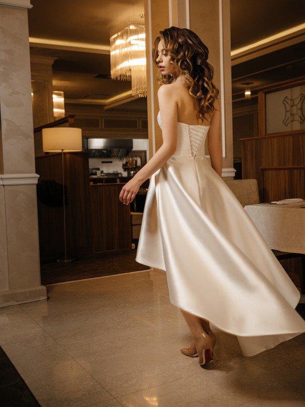 Свадебное платье на море Peppy 443