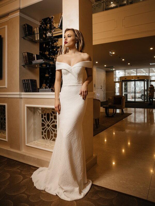 Кружевное свадебное платье Evita 444