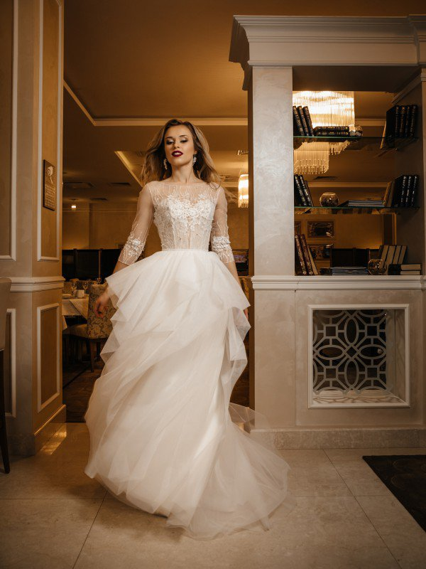 Свадебное платье с блестками Sabira 468
