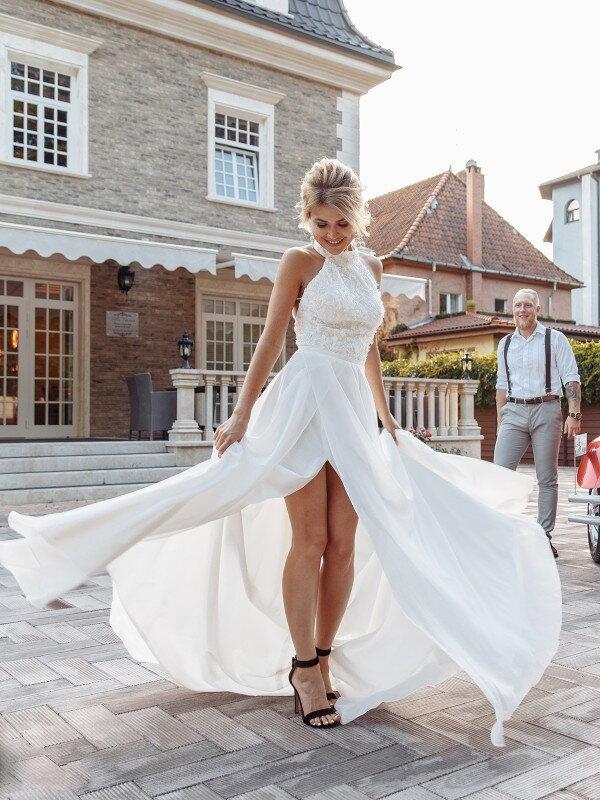 Свадебное платье с камнями Runa 311