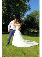 пошив кружевного свадебного платья с супер длинным шлейфом